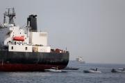 بولتون يرجح استخدام ألغام إيرانية في الهجوم قبالة الإمارات