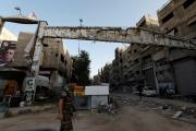 النظام السوري ينبش مقبرة بمخيم اليرموك بحثاً عن رفات إسرائيليين