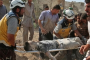 مقتل وإصابة سبعين مدنياً بقصف النظام على شمال سوريا