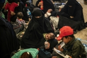 أقرباء جهاديين فرنسيين غادروا إلى سوريا يريدون إعادة جميع أطفالهم