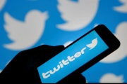 هذه حقيقة إخطار تويتر للمستخدمين بإرسال تغريداتهم عبر الخاص