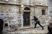 فصل جديد من تسريب أملاك الكنيسة للاحتلال