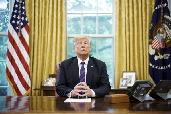 فورين أفيرز: هيمنة الولايات المتحدة تتراجع