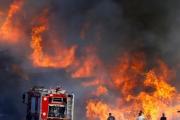 حرائق حقول الموصل تستمر وتشرد مئات العوائل