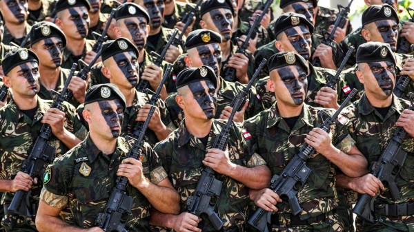 الجيش السوري يحتجز عنصرين من أمن الدولة ومساع لاطلاق سراحهما اليوم