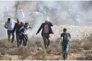 مسؤولون أمنيون إسرائيليون يدعون نتنياهو لتطبيق تفاهمات مع حماس