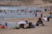 تسعة مواقع بحرية ملوثة بعصارة النفايات.. و14 صالحة للسباحة