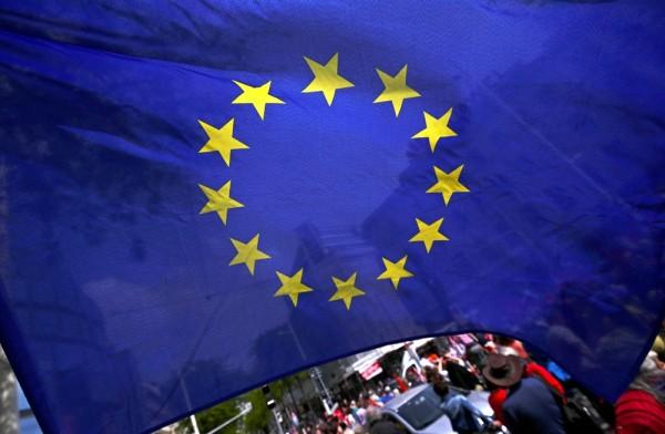 ترحيل المهاجرين... أوروبا تلجأ إلى حوافز مالية