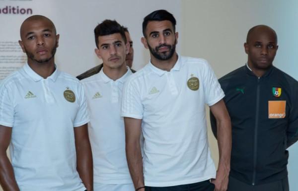 يتوقع نسخة استثنائية لمونديال قطر.. رياض محرز متفائل بإحراز اللقب الإفريقي