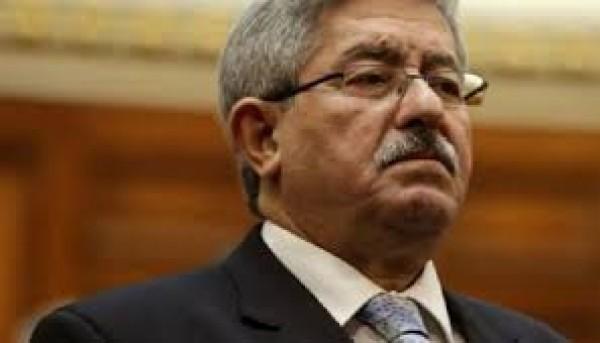 إحالة رئيس وزراء الجزائر السابق أويحيى وشخصيات أخرى للمحكمة العليا بتهم فساد