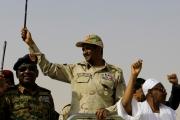 قرار من العسكري السوداني بتعيين «حميدتي» مسؤول التفاوض مع الجماعات المسلحة