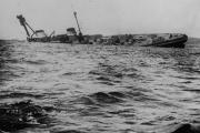 أكبر خسارة بحرية في التاريخ.. قصة الأسطول العظيم الذي أغرق نفسه أمام أعدائه