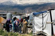 أكاديميون يستنكرون حملة التعرّض للمواطنين السوريين في لبنان