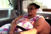 امرأة تفقد 270 كيلوغراما من وزنها وتحقق حلمها بالمشي مجددا