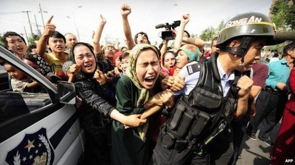 تنديد دولي بممارسات الصين.. ودعوات حقوقية لإنها معاناة مسلمي الأويغور