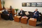 زيارة الأحمد ... الأشمل للتناقضات اللبنانية بمواجهة «صفقة القرن»