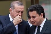 بعد استقالة باباجان.. ما مستقبل حزب العدالة والتنمية التركي ووحدته؟