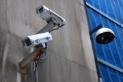 تفعيل الحظر على آلاف كاميرات المراقبة الصينية المنتشرة في امريكا خلال 5 أسابيع