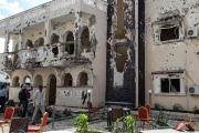 عشرات القتلى والجرحى بهجوم شنته 'حركة الشباب' على فندق جنوب الصومال