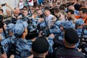 200 معتقل خلال تظاهرة للمعارضة في موسكو