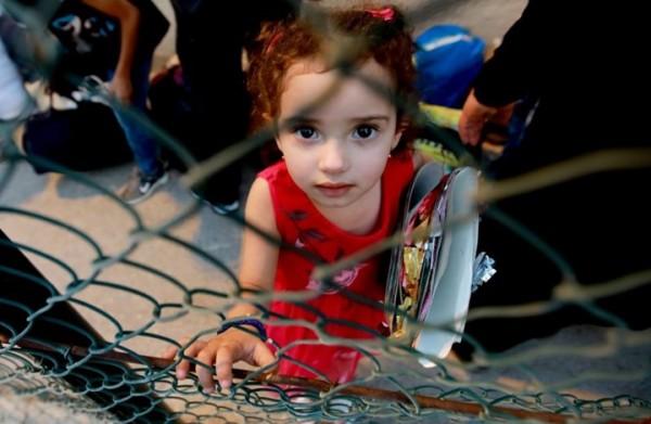 فورين بوليسي: ما أسباب عداء لبنان للاجئين السوريين؟
