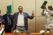 فورين بوليسي: الثورة الشعبية السودانية حققت نصف نجاح.. والسلطة بيد حميدتي