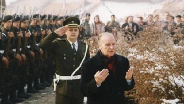 94 عاما على ميلاد 'الملك الفيلسوف' بيغوفيتش.. استثناء أفلاطون للقرن العشرين