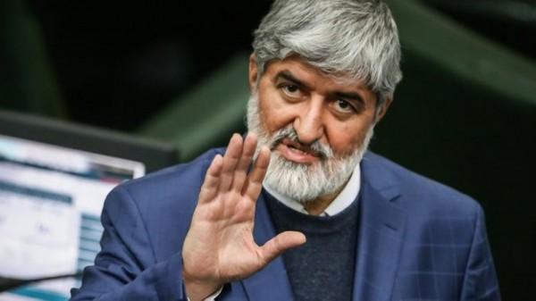 مطهري: روحاني متردّد ويتيح التدخل في عمله