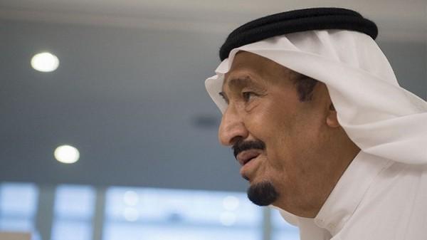 الملك سلمان بحث والرئيس هادي المستجدات في اليمن