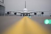 هل تتجسس خطوط الطيران سراً على ركابها؟ الإجابة نعم، وبهذه الطرق