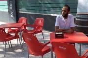 لاجئ يمني وصل إسبانيا بعد عامين.. يشكو من الهدوء القاتل!