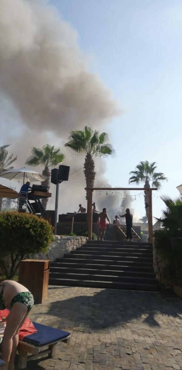 حريق في مجمع C Flow في جبيل... و4 فرق للدفاع المدني تعمل على اخماده