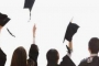 طلاب الجامعات: لن ندفع بالدولار!