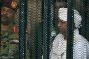 الفاينانشال تايمز: هل فشلت محاكمة البشير في إسكات الأصوات المنادية بالعدالة؟