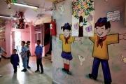 الفقر يحطم أحلام الطلاب الدمشقيين