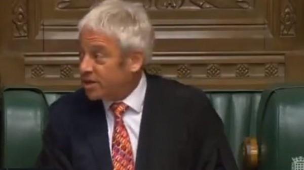 بالفيديو -  رئيس مجلس العموم البريطاني: علينا أن نقدم للبنانيين مثالاً يحتذى به... ولا أظن أنهم مُعجَبون بما يحصل