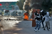 تظاهرة في الضفة الغربية احتجاجا على وفاة معتقل فلسطيني في السجون الاسرائيلية