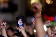 نصر الله: لن نترك إيران!