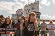 الغارديان: يجب وقف أضخم معرض في العالم لتلميع الموت