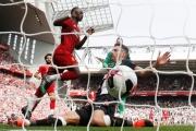 ماني وصلاح يقودان ليفربول للفوز على نيوكاسل ... وأبراهام يسجل ثلاثية في انتصار تشيلسي على ولفرهامبتون