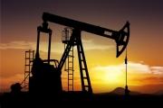 النفط يهوي 6 في المئة بعد إعلان السعودية استعادة إنتاجها النفطي بالكامل