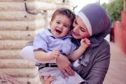 كيف تربين طفلا ذكيا وناجحا وسعيدا؟