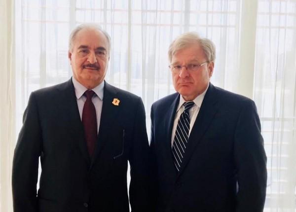 الحلّ السياسيّ في ليبيا بين حفتر والسفير الأميركيّ