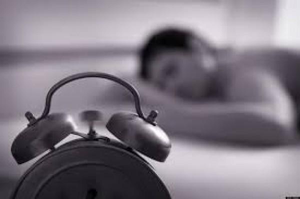 ساعات النوم التي تحتاجينها تختلف حسب سنك.. فاحرصي على ضبطها