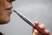 بعد 8 وفيات و 530 إصابة.. مجلس الشيوخ الأمريكي يطالب بحظر فوري للسجائر الإلكترونية