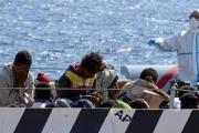 انتشال جثث 16 مهاجرا إثر غرق قاربهم قبالة سواحل المغرب