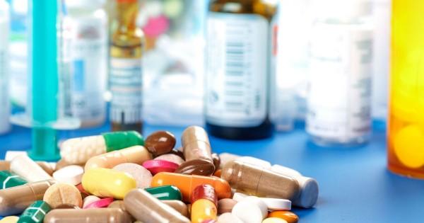 بعد البنزين والرغيف.. «ازمة أدوية» تلوح في الأفق! :
