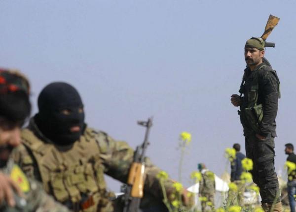 أكراد سوريا يعلنون 'النفير العام': لحظات تاريخية حساسة