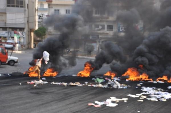 تحركات احتجاجية في النبطية ومنطقتها ودخان اسود يغطي القرى والبلدات