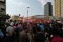 مشادة بين شابين يحملان اعلاما تركية والمحتجين في ساحة عبد الحميد كرامي والجيش يتدخل